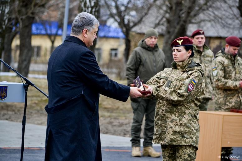 DSC 0935 Kopyrovat  - Не дам розкрадати армію: у Житомирі Порошенко погрожував корупціонерам в армії (ФОТО)