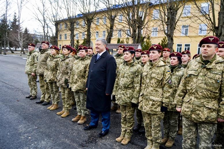 DSC 0999 Kopyrovat  - Не дам розкрадати армію: у Житомирі Порошенко погрожував корупціонерам в армії (ФОТО)