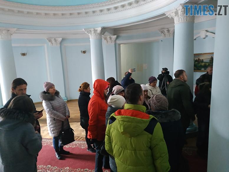 IMG 20190301 113538 - Обурені батьки скандалять в Житомирській міськраді
