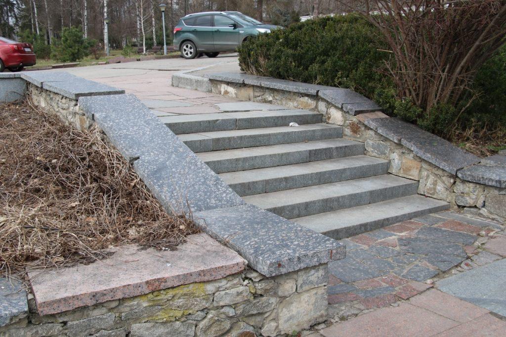 img1552997236 0 1 1024x683 - У Житомирському парку розпочали реконструкцію Набережної