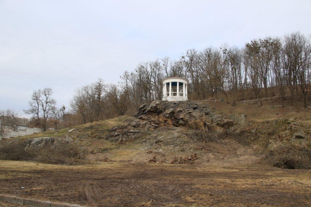 img1552997285 3 1024x683 - У Житомирському парку розпочали реконструкцію Набережної