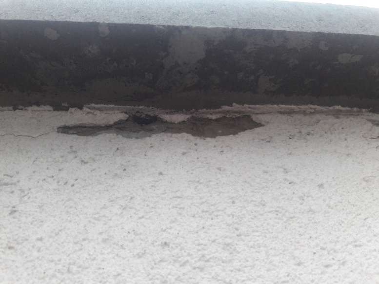 20190416 172013 Kopyrovat  - Якщо не розвалиться, то пофарбують – в Житомирі триває реконструкція підземного переходу