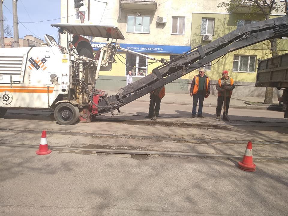57336218 10217486168657538 5720390615678582784 n - У центрі Житомира через ремонт дороги буде ускладнено рух транспорту