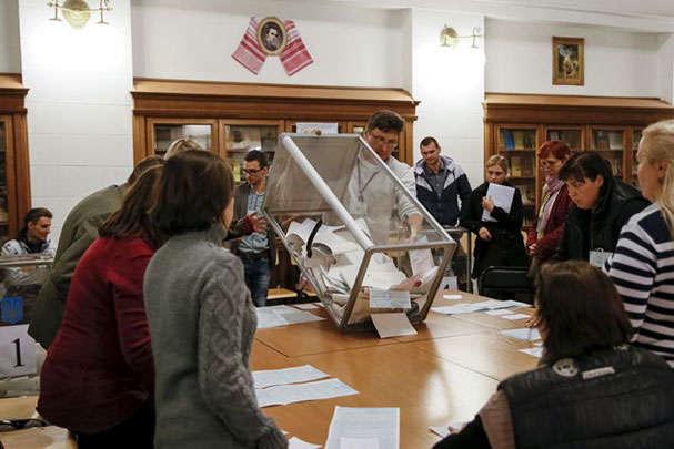 82 main - Житомирський штаб Порошенка масово відкликає своїх спостерігачів