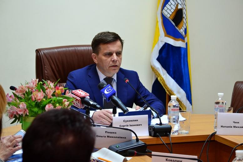 DSC 0269 Kopyrovat  - Міський голова Житомира Сергій Сухомлин нагородив поліцейських за порятунок людини