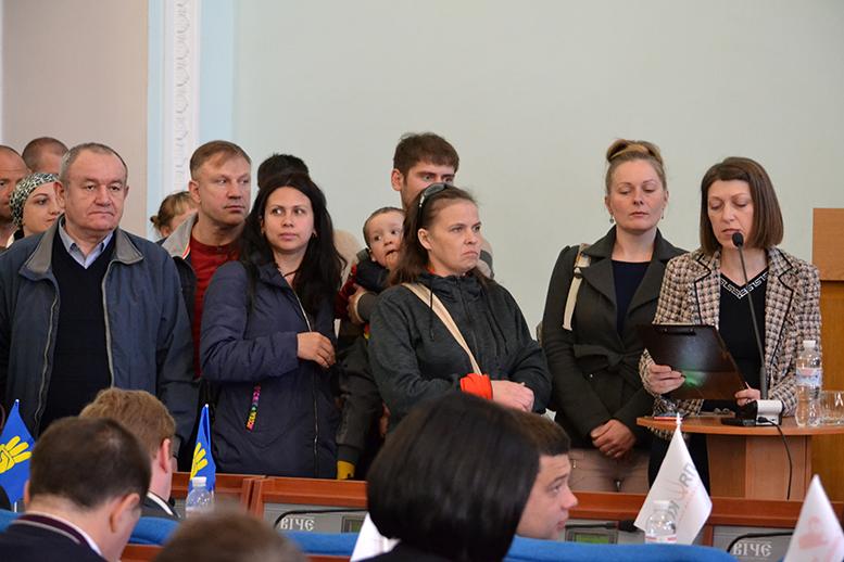DSC 0560 - Батьки невакцинованих дітей штурмували сесію Житомирської міськради