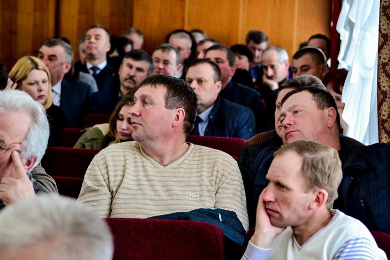 DSC 0732  - 2019 рік стане останнім для добровільного об'єднання: у Житомирі проходить конференція по децентралізації (ФОТО)
