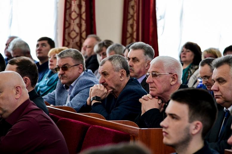 DSC 0746  - 2019 рік стане останнім для добровільного об'єднання: у Житомирі проходить конференція по децентралізації (ФОТО)