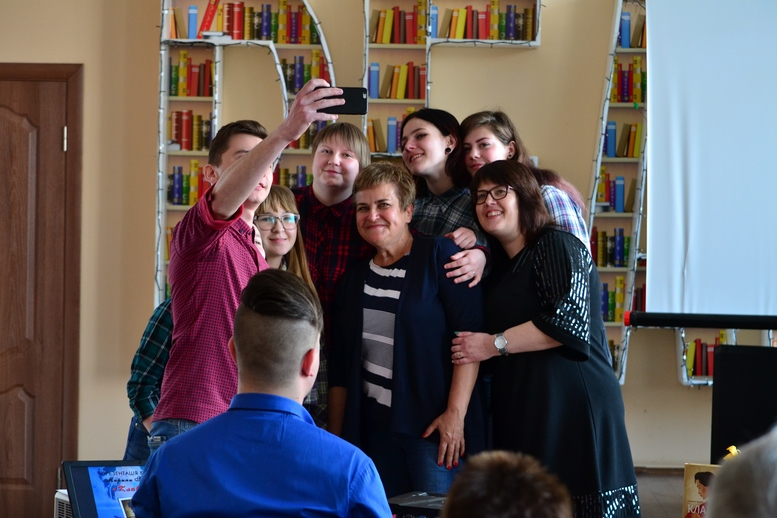 DSC 0089 Kopyrovat - ВБердичеві презентували новий роман «Клавка» письменниці Марини Гримич (ФОТО)