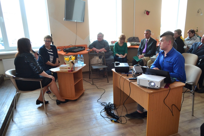 DSC 0136 Kopyrovat - ВБердичеві презентували новий роман «Клавка» письменниці Марини Гримич (ФОТО)