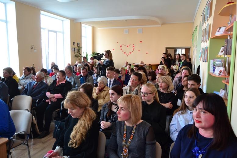 DSC 0139 Kopyrovat - ВБердичеві презентували новий роман «Клавка» письменниці Марини Гримич (ФОТО)