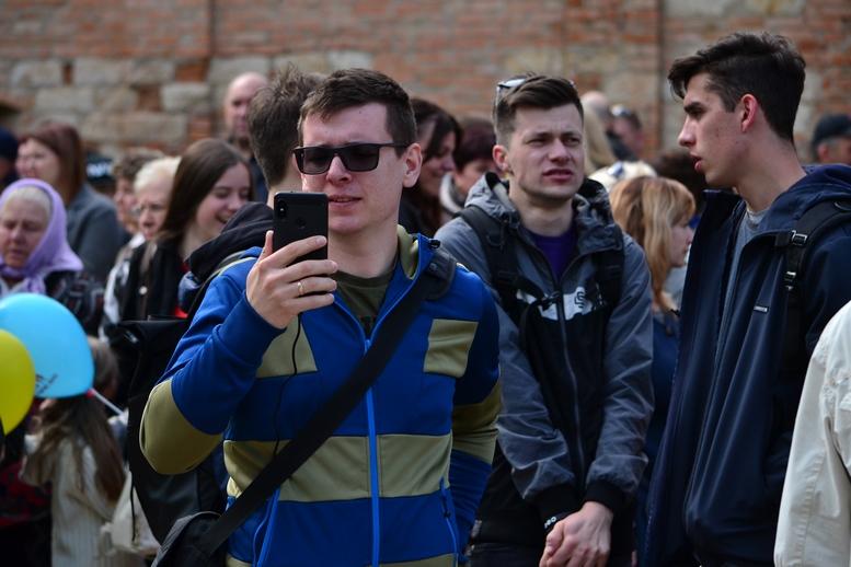 DSC 0187 Kopyrovat - Тисячі бердичівлян пройшли містом в рамках акції на захист сім'ї (ФОТО)