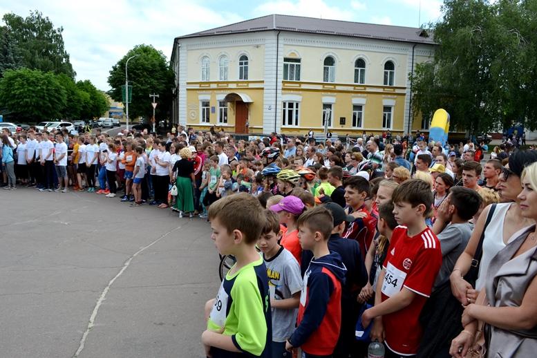 DSC 0222 - Олімпійський День у Житомирі: Бубка фотографувався феєрично – а біг так собі (ФОТО)
