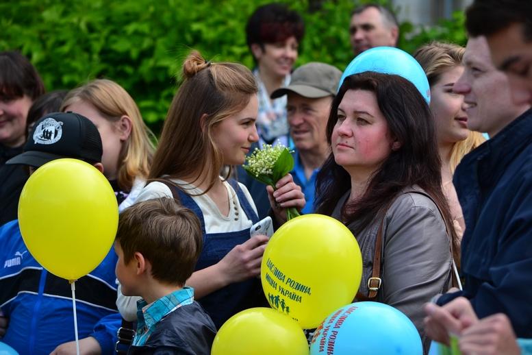 DSC 0228 Kopyrovat - Тисячі бердичівлян пройшли містом в рамках акції на захист сім'ї (ФОТО)
