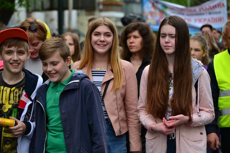 DSC 0291 Kopyrovat - Тисячі бердичівлян пройшли містом в рамках акції на захист сім'ї (ФОТО)