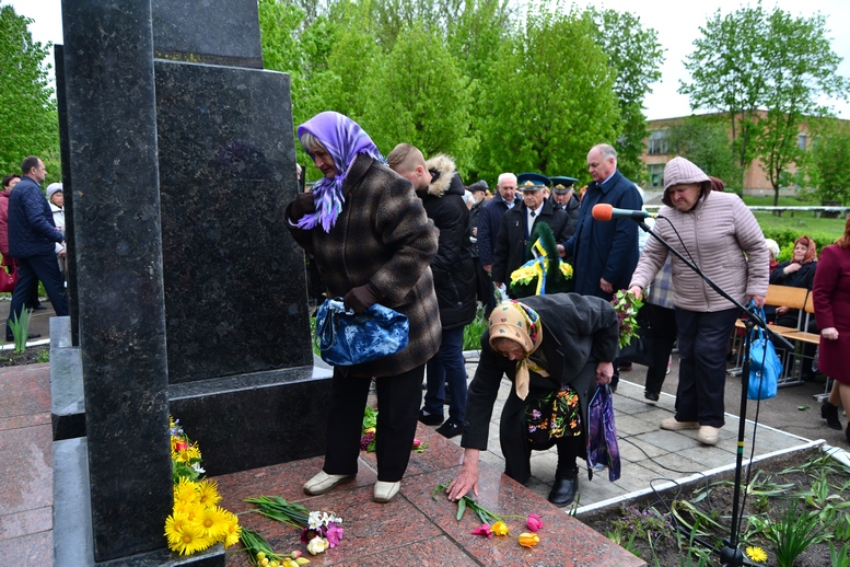 DSC 0651 Kopyrovat - У Бердичеві вшанували пам'ять загиблих на війні працівників Шкірзаводу