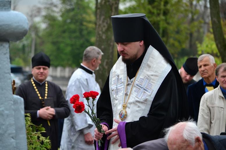 DSC 0691 Kopyrovat - Житомир у скорботі:  День пам'яті на військовому кладовищі (ФОТО)