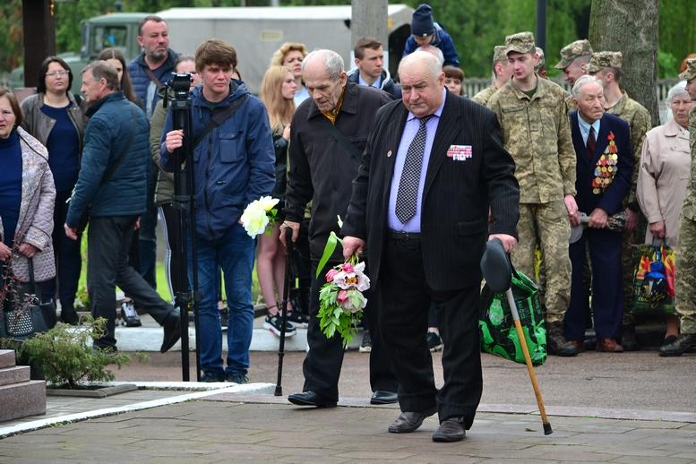 DSC 0701 Kopyrovat - Житомир у скорботі:  День пам'яті на військовому кладовищі (ФОТО)