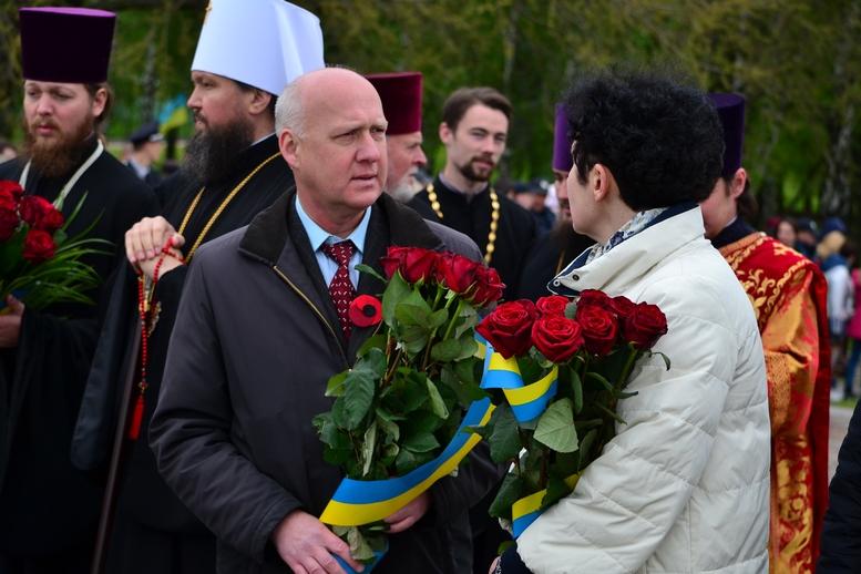 DSC 0836 Kopyrovat - Більше 3 тисяч житомирян вшанували пам'ять загиблих у Другій світовій війні