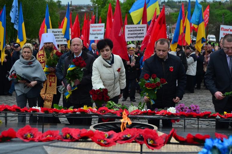 DSC 1020 Kopyrovat - Більше 3 тисяч житомирян вшанували пам'ять загиблих у Другій світовій війні