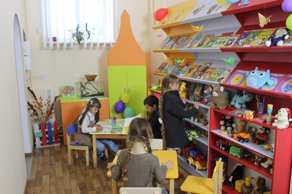 img1557230511 2 - У шести житомирських бібліотеках з'явилися дитячі кімнати