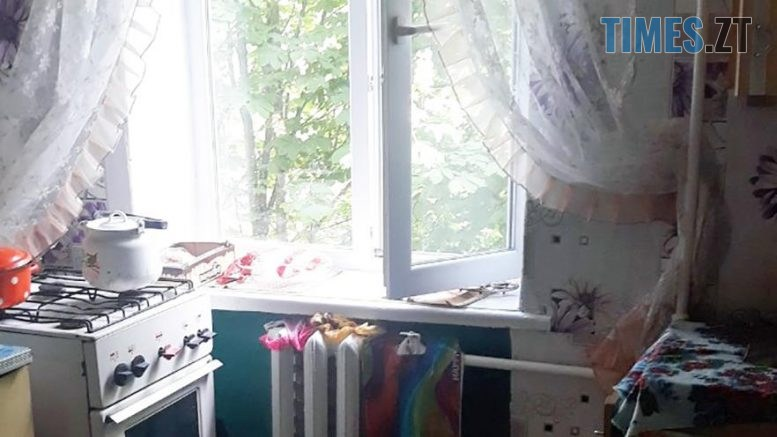 vikno2 K 777x437 - На Житомирщині через батьківський недогляд 1 дитина загинула, ще 1 знаходиться в реанімації