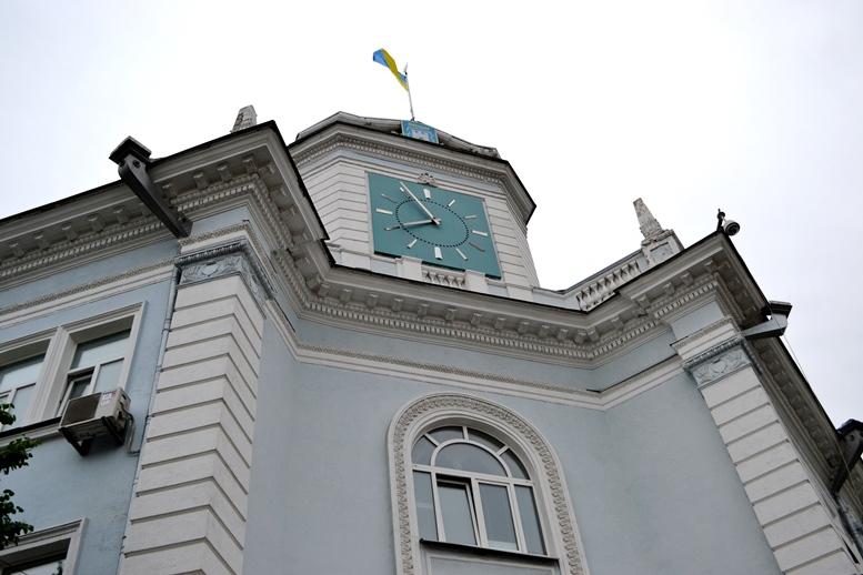DSC 0005 - «Злочинна» приватизація готелю «Житомир»: невідомий АТОшник влаштував дебош у міськраді (ФОТО)