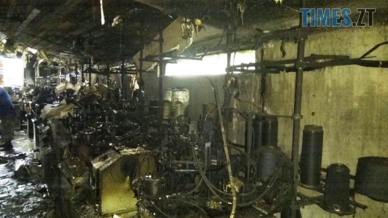 IMG 0152 777x437 - Житомирщина: надзвичайники ліквідували пожежу в цеху по виготовленню панчішних виробів