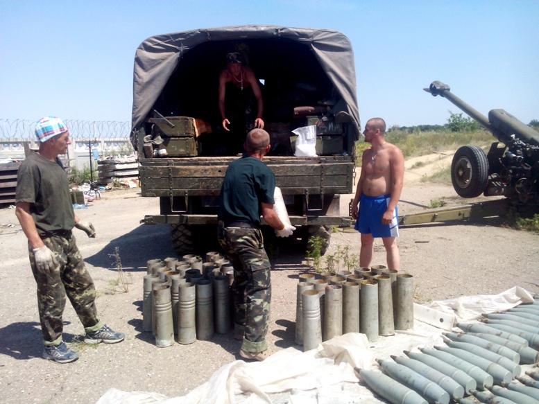 IMG 20140725 121110 - Сергій Артьомов: «На одній половині Степанівки – ми, на іншій – «сепари» і росіяни…»