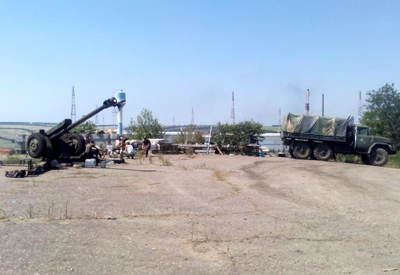 IMG 20140725 121129 - Сергій Артьомов: «Хлопці з 79-ої бригади йшли з Міусинська. І ми побачили, які вони пошарпані…»