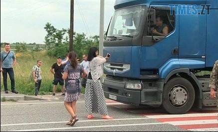 Screenshot 115 - На Житомирщині переселенці перекрили трасу