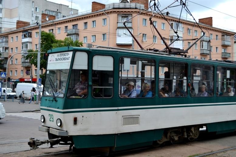 01 5 - День Тесли в Житомирі: пасажири шукали у трамваях кондукторів – а їх не було… (ВІДЕО)