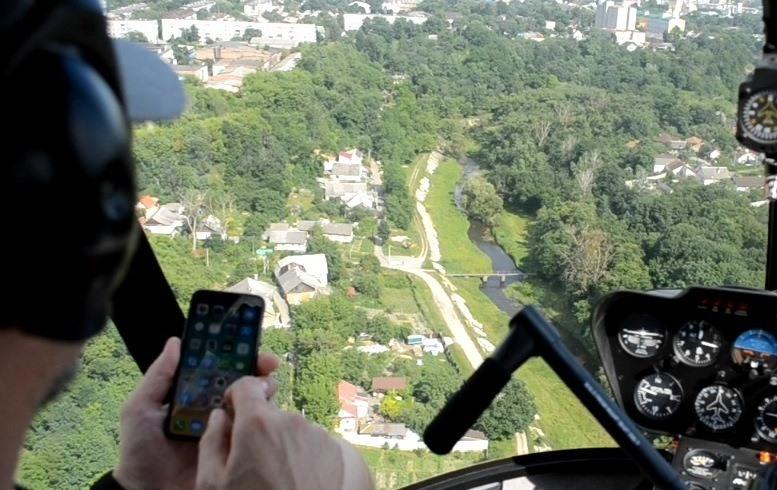 02 7 - «Мертві води»: Олег Грамотенко побачив з гелікоптера, що тече у Кам'янку і Тетерів (ВІДЕО)
