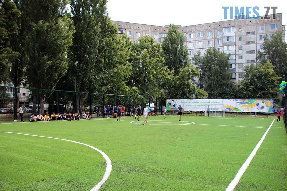 IMG 5903 - Тепер у дворі Бориса Тена 100 та 102 є нове футбольне поле, - Борислав Розенблат (ВІДЕО, ФОТО)