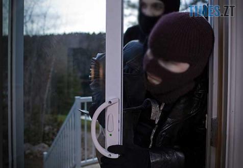 Screenshot 116 - На Житомирщині люди в масках вчинили напад на сім'ю працівника бердичівської санстанції