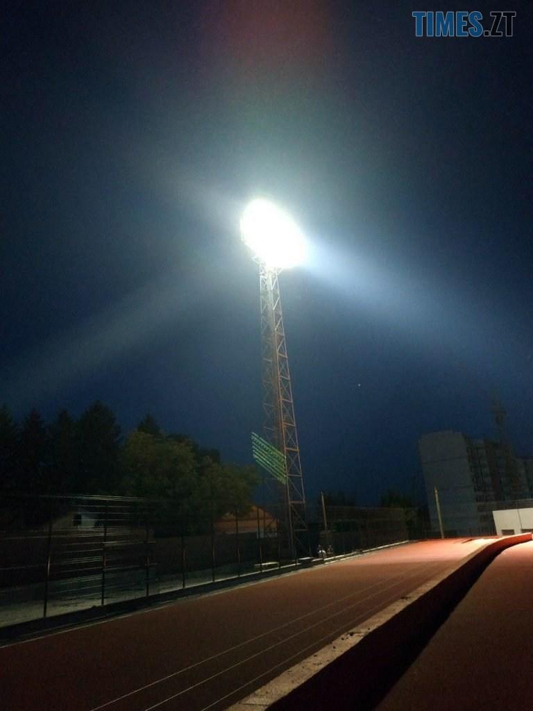 photo 2019 07 02 09 42 46 768x1024 - У Житомирі на стадіоні «Полісся» протестували нове потужне освітлення (ФОТО)