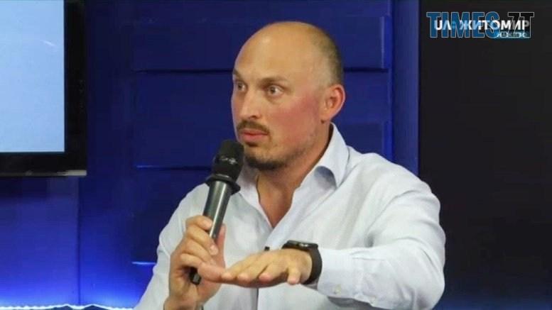 preview kaliuzha - Олег Грамотенко: «Треба почистити калюжу, з якої п'є Житомир, і накрити її сонячною електростанцією»
