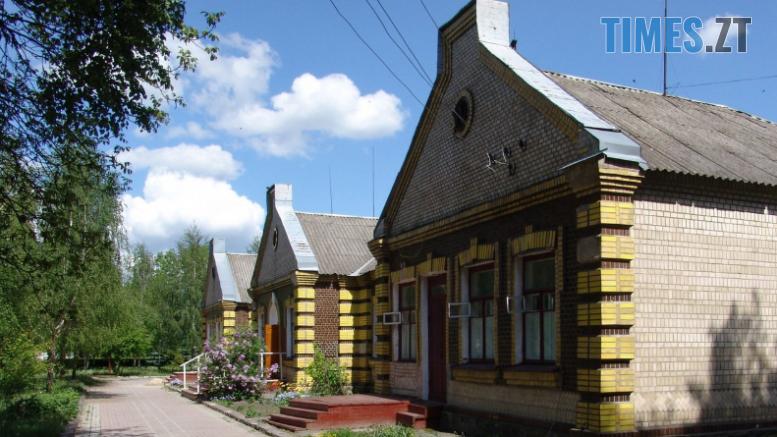 Screenshot 26 1 777x437 - На Житомирщині існує унікальний вокзал, до якого ніколи не прибували потяги (ФОТО)