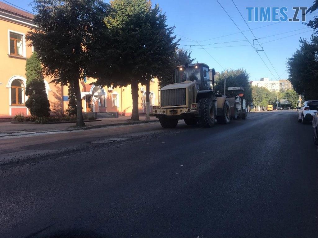 img1567064614 1024x768 - У Житомирі продовжують ремонтувати дороги (ФОТО)