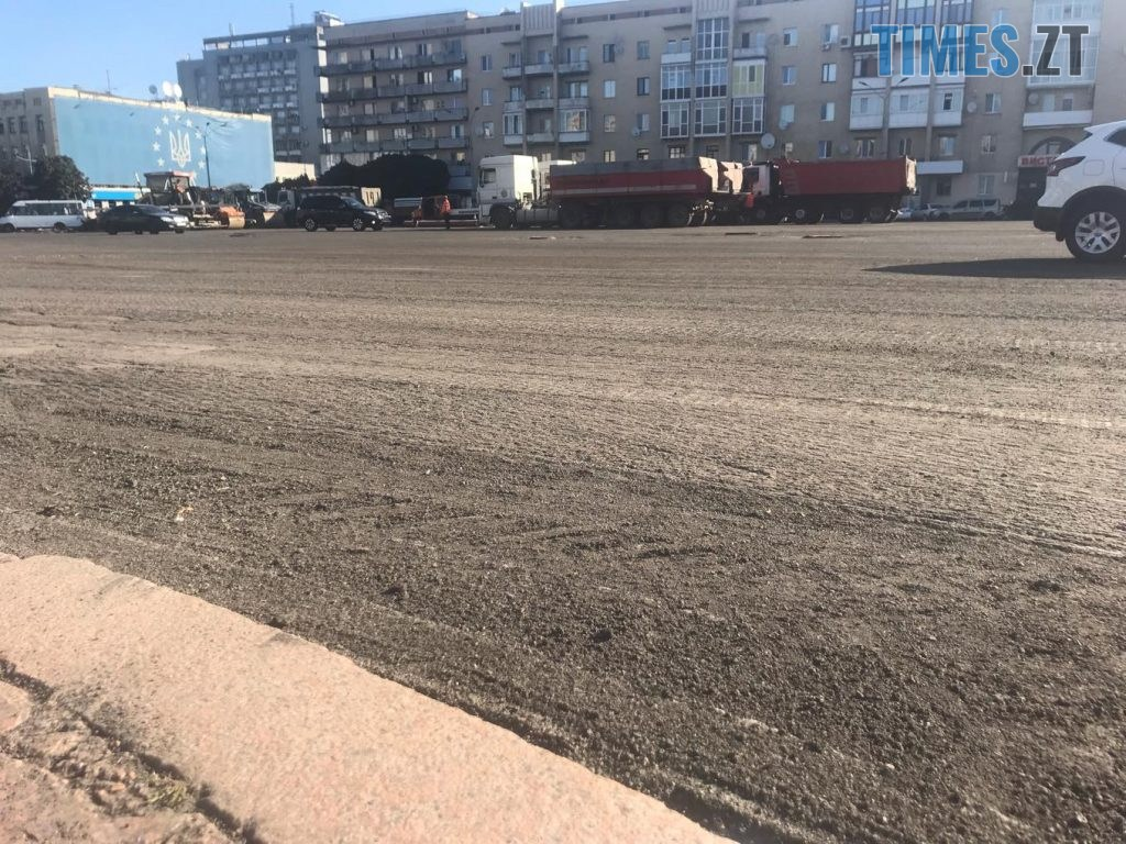 img1567064625 1024x768 - У Житомирі продовжують ремонтувати дороги (ФОТО)