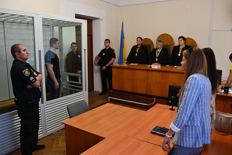 37 - За пограбовану і скалічену Віку Шилюк — Богдану Ходаку присудили 13 років (ФОТО)