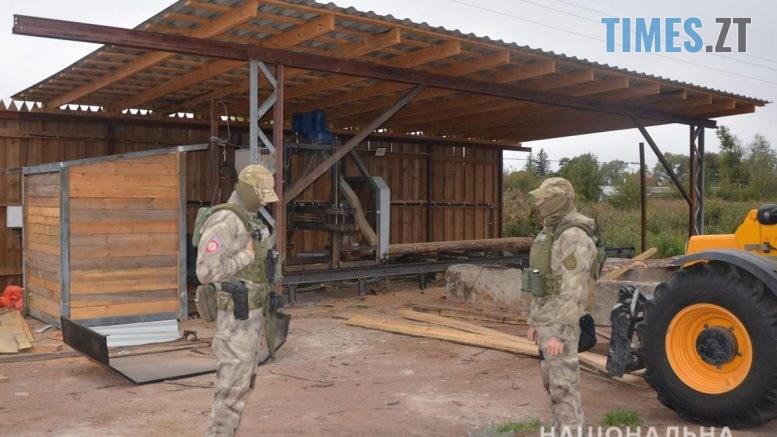 """DSC 0055 777x437 - Житомирські правоохоронці """"накрили"""" підпільну пилораму (ВІДЕО)"""