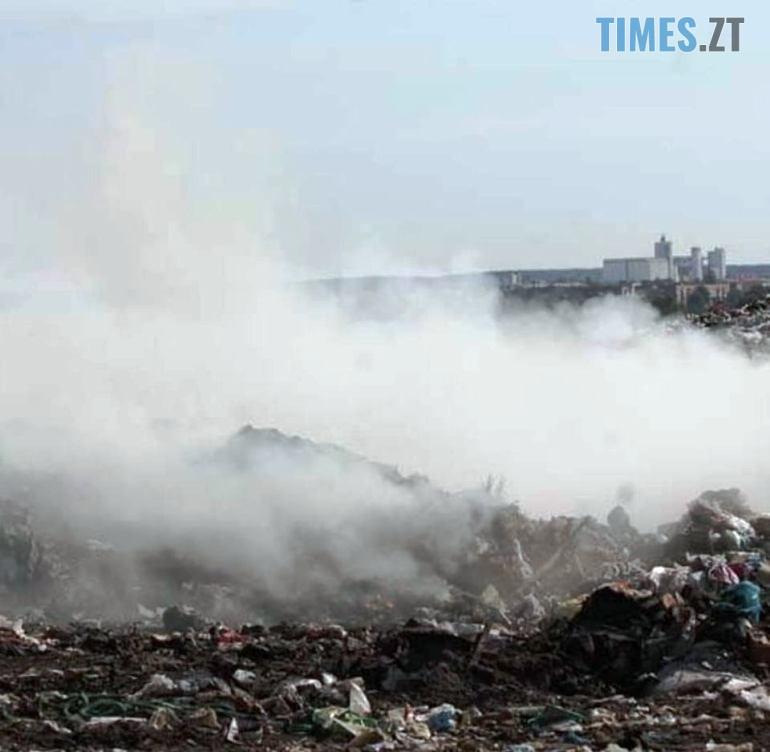 kd10091910 4 - Бердичів: у мережі оприлюднили фото масштабної пожежі на сміттєзвалищі (ФОТО)