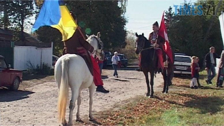 fest 777x437 - Фестиваль козацької пісні у Дубівці: юшка, запорожці на конях і пісня зробили яскраве свято (ВІДЕО)