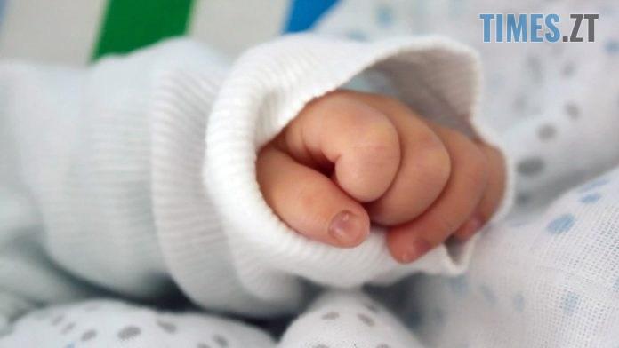"""rebenok3 696x392 - """"Дитина сама впала у річку"""": в поліції розповіли подробиці резонансного інциденту в Новограді-Волинському"""