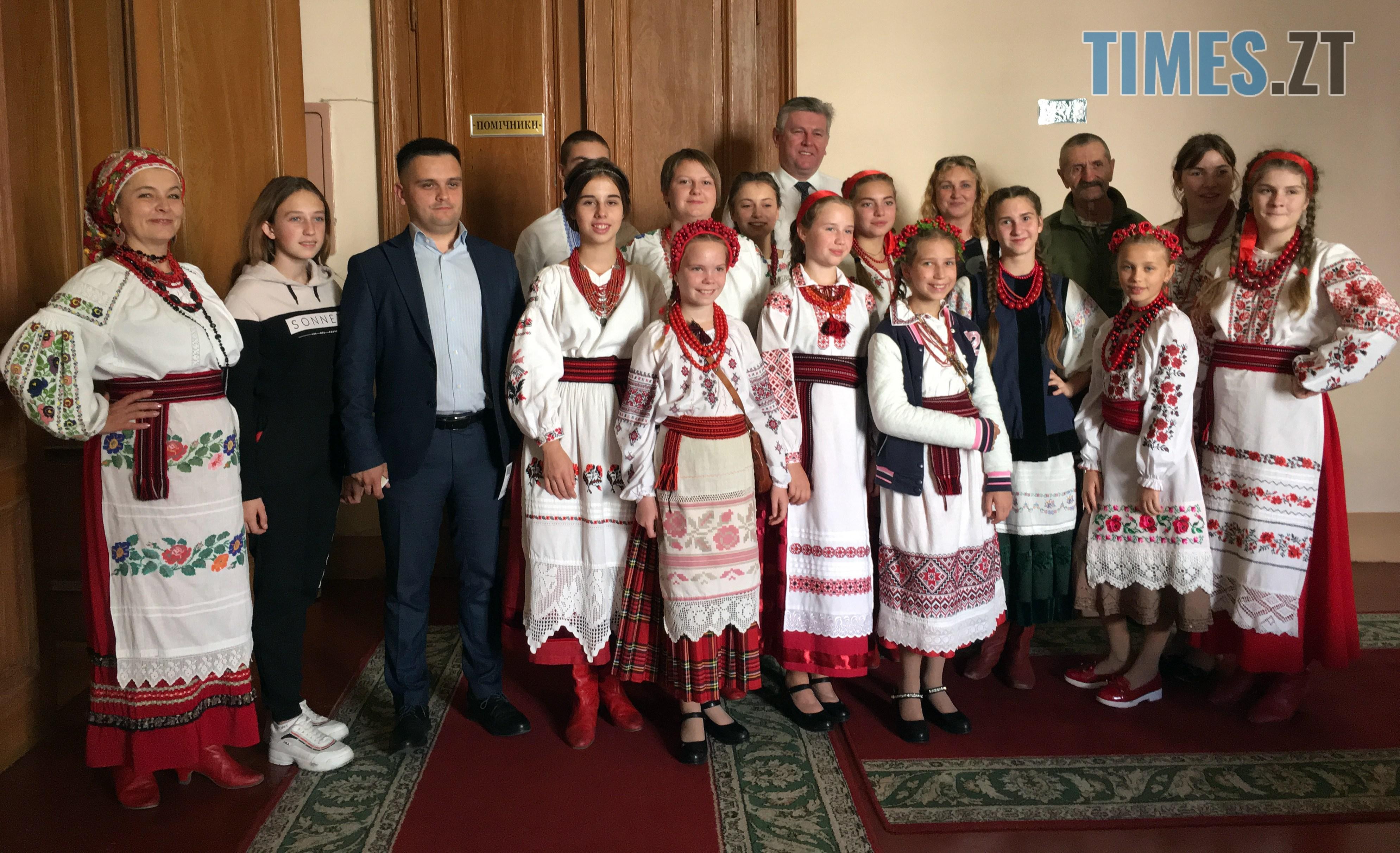 vinets 2 - Дитяче захоплення – фольклорний спів: бердичівляни підкорили «Червону руту» (ВІДЕО)