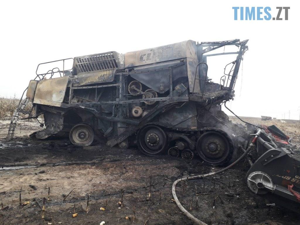 02 1 1024x768 - На Житомирщині під час роботи на полі вибухнув комбайн, водій потрапив до лікарні (ФОТО)
