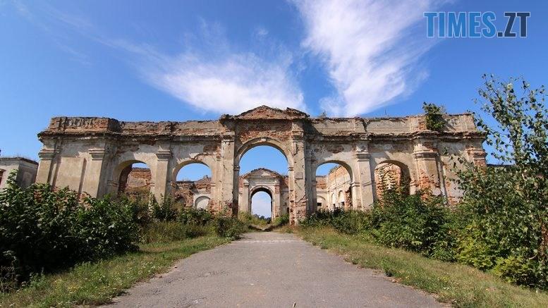 IMG 7021 777x437 - Проект ESCAPE: Величний палац Сангушків