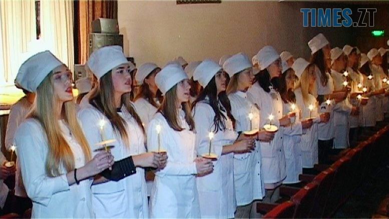 studenty 777x437 - Клятву Гіппократа склали 75 першокусників-медиків Бердичева (ВІДЕО)