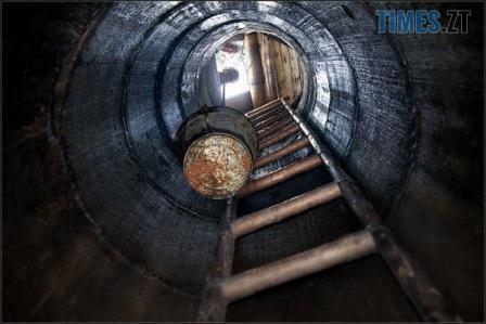 00 64 - В одному з райцентрів Житомирщини чоловік знайшов у криниці тіло знайомої